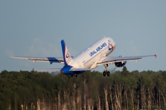 Airbus_A320-214_VQ-BCZ_UralAirlines_0100_D805030a