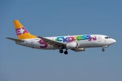Boeing_737-341_VP-BOT_SkyExpress_DSC_9504