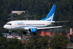 Boeing_737-505_EK73736_Armenia_013_D805240