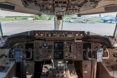 Boeing_757-230_RA-73017_VIMAirlines_D701055