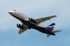 SukhoiSuperjet_100-95B_RA-89032_Aeroflot_D805936