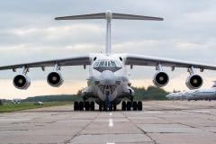 Ilyushin_Il-78M_RF-94277_52blue_RussiaAirForce_D802733